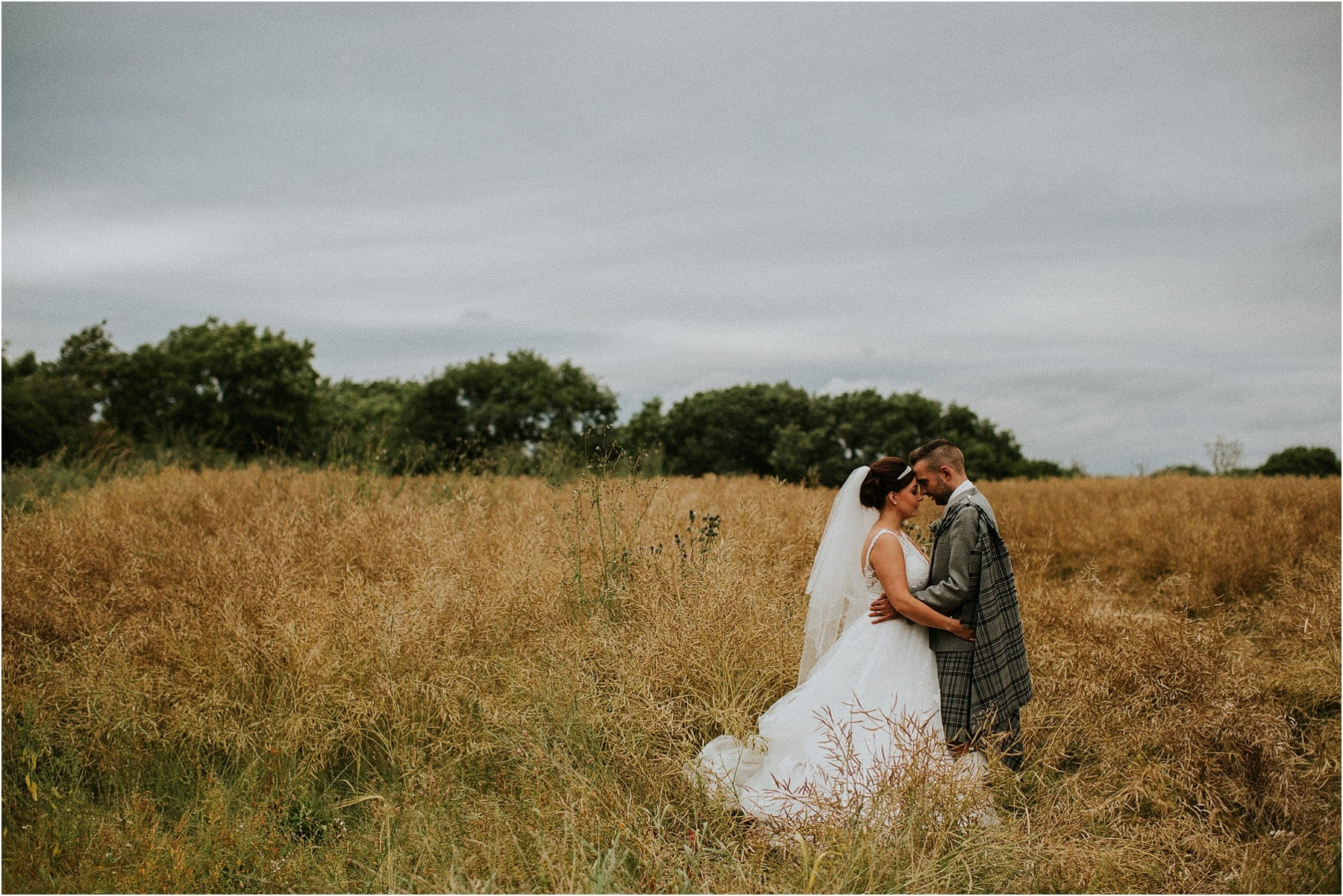 diy rustic farm wedding (1)